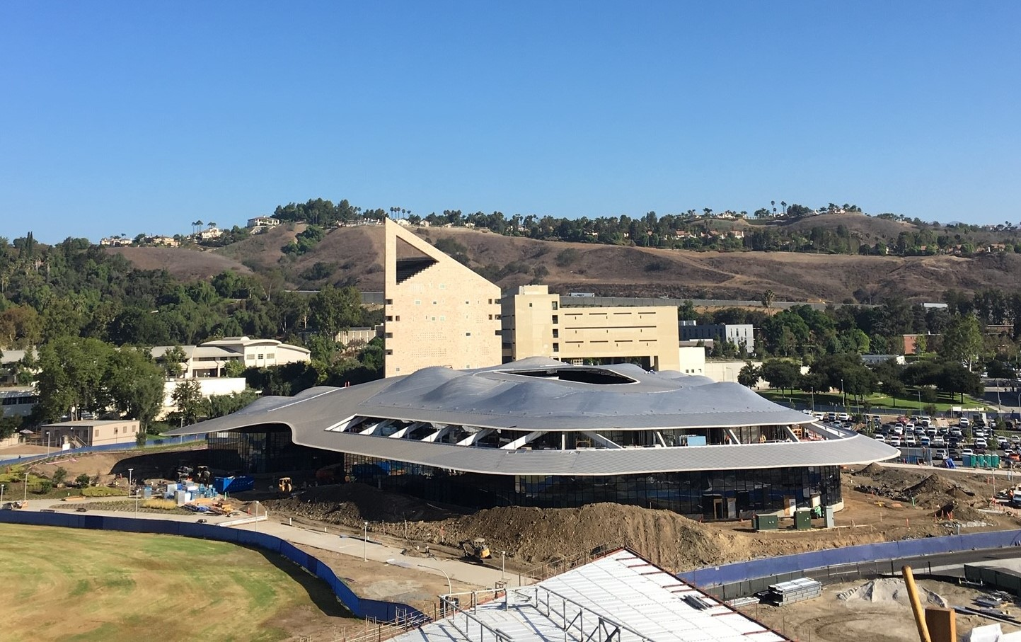 Nissan State College >> Cal Poly Pomona Administration Building - Custom Metal ...